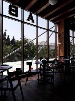 Foto 5 - Interior di Abraco Bistro & Bar oleh Michael Wenadi