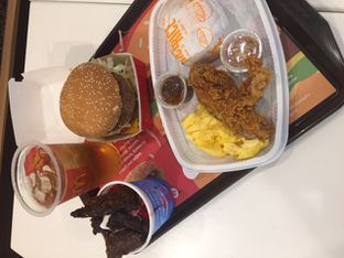 Foto 13 - Makanan di McDonald's oleh Prido ZH