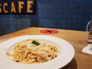 Foto review The People's Cafe oleh D L 3