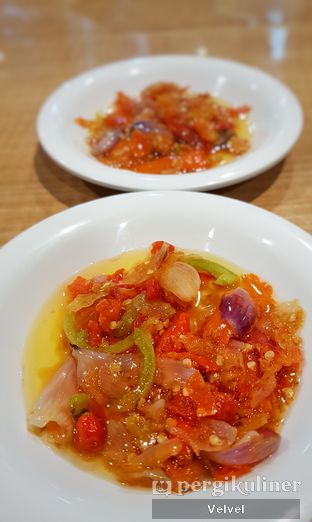 Foto 2 - Makanan di Ayam Bakar Samrat oleh Velvel