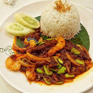 Foto 2 - Makanan(Nasi Lemak Sambal Udang Pete) di PappaJack Asian Cuisine oleh duocicip