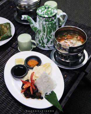 Foto review IR Resto - Gumilang Regency Hotel oleh Vina | Eat and Leisure 9