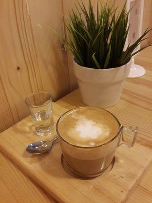 Foto 3 - Makanan(Coffee Latte) di Shibuya Cafe oleh @stelmaris