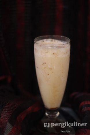 Foto 2 - Makanan(jus susu kurma) di Ali Baba Middle East Resto & Grill oleh Winata Arafad