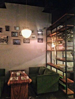 Foto 7 - Interior di Pho 24 oleh Astrid Huang   @biteandbrew