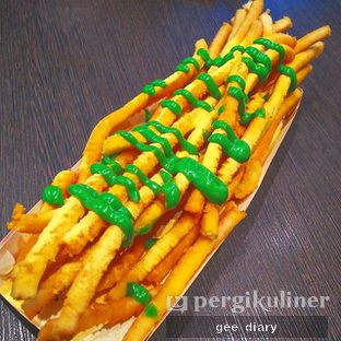 Foto - Makanan( Long potato with Cheese flavor extra seaweed mayo) di OMG Poteto oleh Gee @geeatdiary