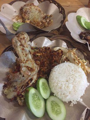 Foto 2 - Makanan di Ayam Bebek Mafia oleh Theodora