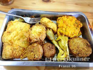 Foto 1 - Makanan di Soto Selan Semarang oleh Fransiscus
