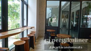 Foto 9 - Interior di Crematology Coffee Roasters oleh Jakartarandomeats
