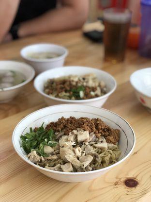 Foto 1 - Makanan di Bakmi Asoei oleh Nanakoot