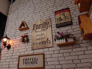 Foto 7 - Interior di Breeve Hills Resto & Cafe oleh Afie Putri