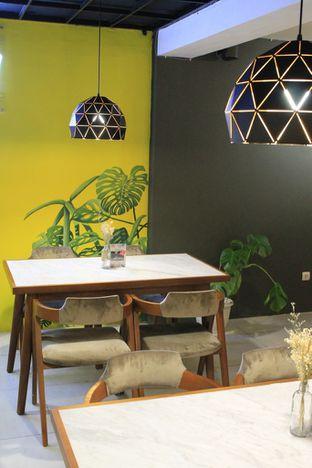 Foto 5 - Interior di Brouwen Coffee & Kitchen oleh Prido ZH