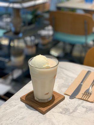 Foto 2 - Makanan di Devon Cafe oleh Isabella Chandra