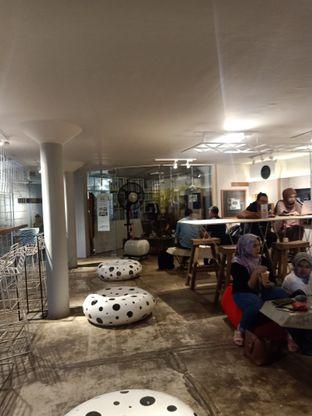 Foto 4 - Interior di Artwork Coffee Space oleh Shafira Khairunnisa