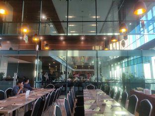Foto review Asoka Rooftop Restaurant - Aston Kartika Grogol Hotel & Conference Center oleh Yutrisko  4