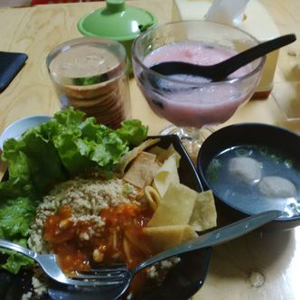 Foto Makanan di Dapoer Cwie Mie Malang