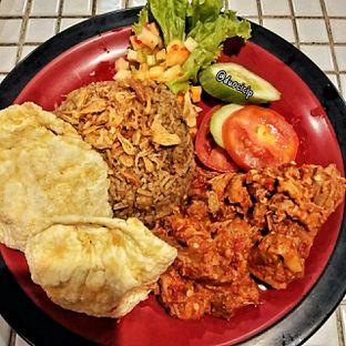 Foto 4 - Makanan(Nasi Kebuli) di Kambing Bakar Cairo oleh duocicip