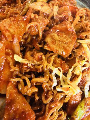 Foto 3 - Makanan(Rabokki) di Magal Korean BBQ oleh Florence chloe
