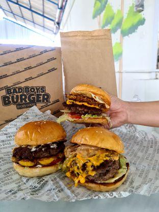 Foto review Bad Boys Burger oleh Fensi Safan 3