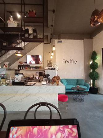 Foto Interior di Trvffle Bistro