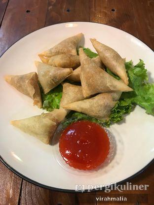 Foto 1 - Makanan di Balesere Resto & Cafe oleh delavira