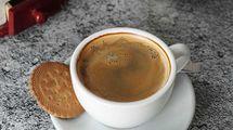 Black coffee, menu rekomendasi di WaxPresso Coffee Shop