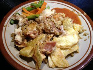 Foto 2 - Makanan(Nasi Goreng Bistik) di AA Bistik oleh awakmutukangmakan