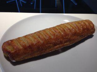 Foto 2 - Makanan(Banana Puffy) di IKEA oleh awakmutukangmakan