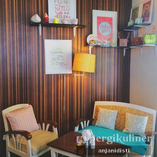 Foto 7 - Interior di HaloNiko! oleh Anjani Disti