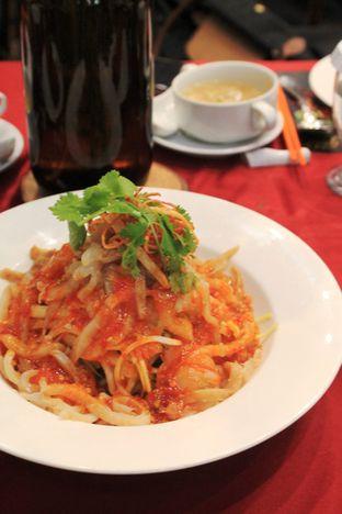 Foto 12 - Makanan di Meradelima Restaurant oleh Prido ZH