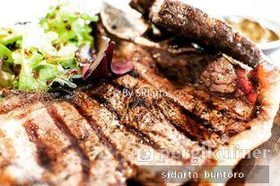 Foto 1 - Makanan(Dry aged whisky beef Bistecca fiorentina 90 days) di Expatriate Restaurant oleh Sidarta Buntoro