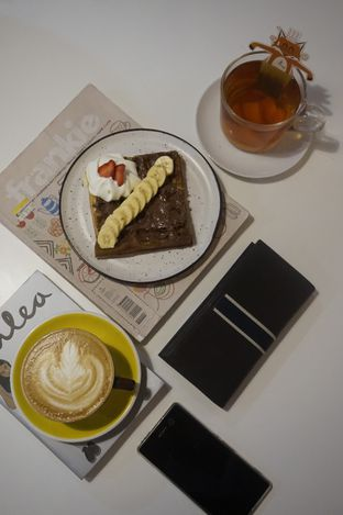Foto 8 - Makanan di BROWNFOX Waffle & Coffee oleh yudistira ishak abrar