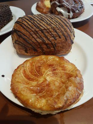 Foto 1 - Makanan di Delico oleh Olivia @foodsid