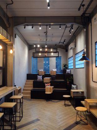 Foto 4 - Eksterior di 88 Garage Cafe oleh Chris Chan