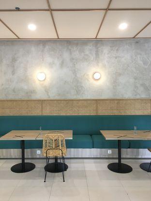 Foto 21 - Interior di Dailydose Coffee & Eatery oleh Prido ZH