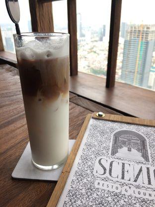 Foto 4 - Makanan di Scenic 180° (Restaurant, Bar & Lounge) oleh Stella Griensiria