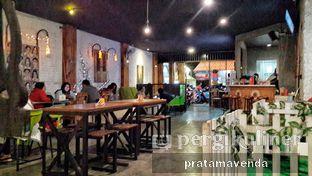 Foto review Latarombo Riverside Cafe oleh Venda Intan 7