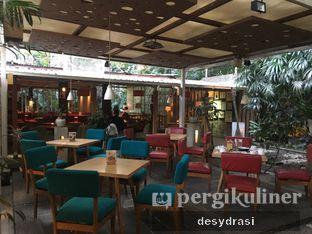 Foto 2 - Interior di Cafe Halaman oleh Desy Mustika