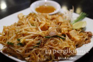 Foto 1 - Makanan(Pad Thai) di Krua Thai oleh UrsAndNic