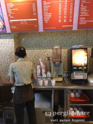 Foto 6 - Interior di Dunkin' Donuts oleh Suci Puspa Hagemi