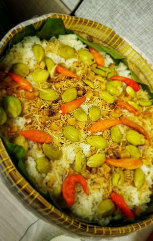 Foto 2 - Makanan(Nasi Liwet) di Warung Sunda Ceu Kokom oleh Avien Aryanti