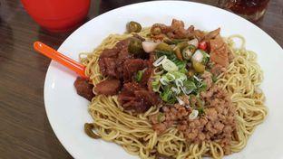 Foto 2 - Makanan di Bakmie Aloi oleh Piecen Tantra