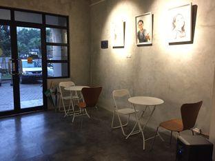 Foto 6 - Interior di Numo Art & Coffee oleh Marsha Sehan