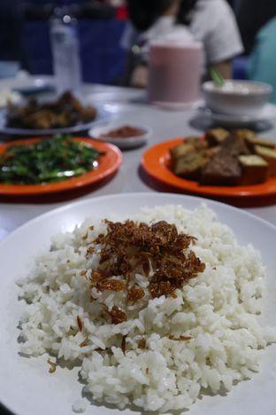 Foto 4 - Makanan di Nasi Uduk Kota Intan (Aweng) oleh thehandsofcuisine