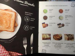 Foto review Home Cafe oleh Dina Ambrukst 8