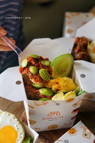 Foto 1 - Makanan di Daily Box oleh Nanakoot