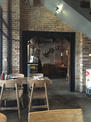 Foto 5 - Interior di Milan Pizzeria Cafe oleh Theodora