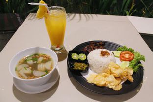 Foto 2 - Makanan(sanitize(image.caption)) di Black Butler Cafe - Hotel Sanira oleh Novita Purnamasari