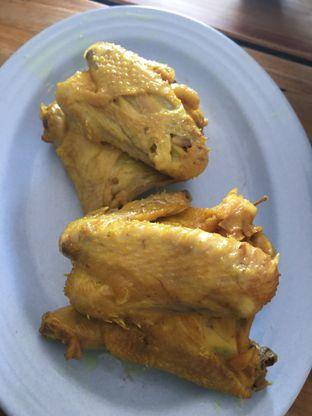 Foto 9 - Makanan di RM Ibu Haji Cijantung oleh Yuni