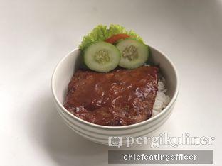 Foto 3 - Makanan(Beef Rice Bowl) di Semusim Coffee Garden oleh Cubi
